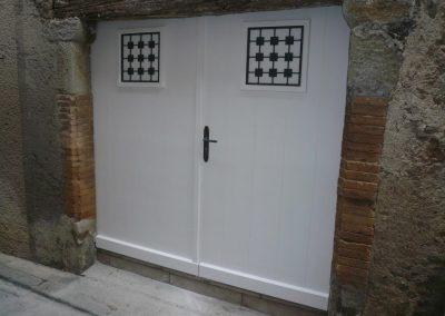 portes-de-garages-bois-alu-pvc-narbonne-beziers-capestang-pepieux